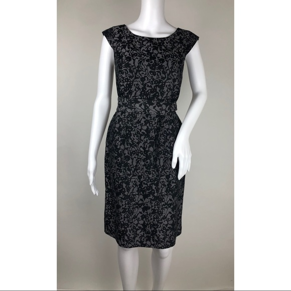 Banana Republic Dresses & Skirts - Banana Republic Sleeveless Dress Size 0
